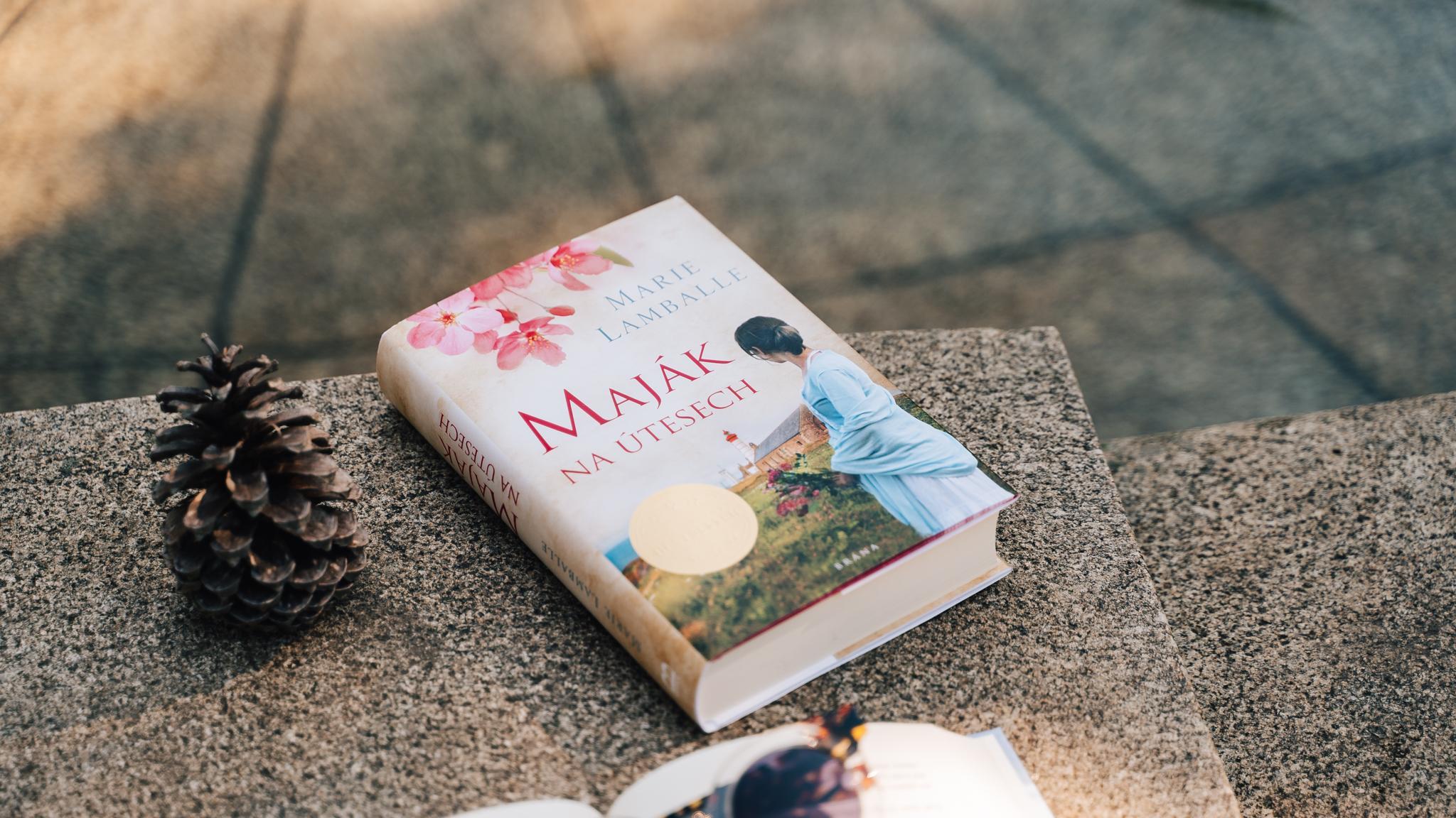 Jaká je knižní novinka Maják na útesech od Marie Lamballe?
