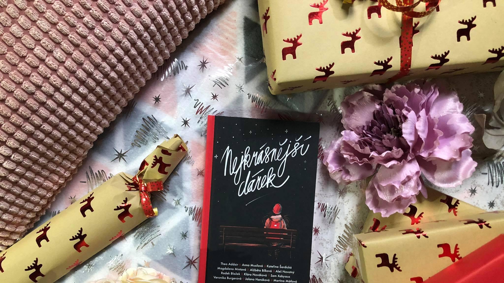 12 vánočních příběhů v jedné knize? Ano!