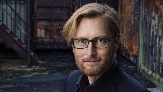 Anders de la Motte - Bývalý policista spisovatelem